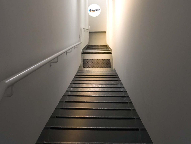 Logo Haussmann – Création d'un escalier d'évacuation