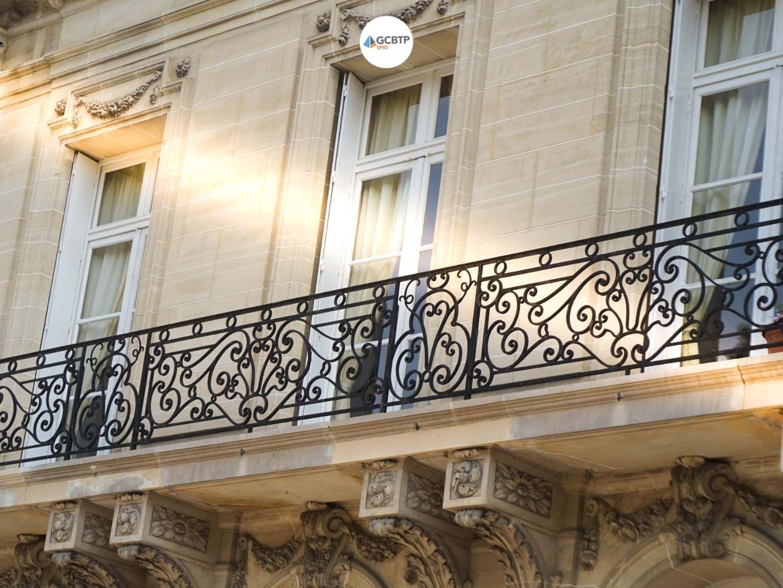 Logo Versailles – Réparation et rénovation de façade